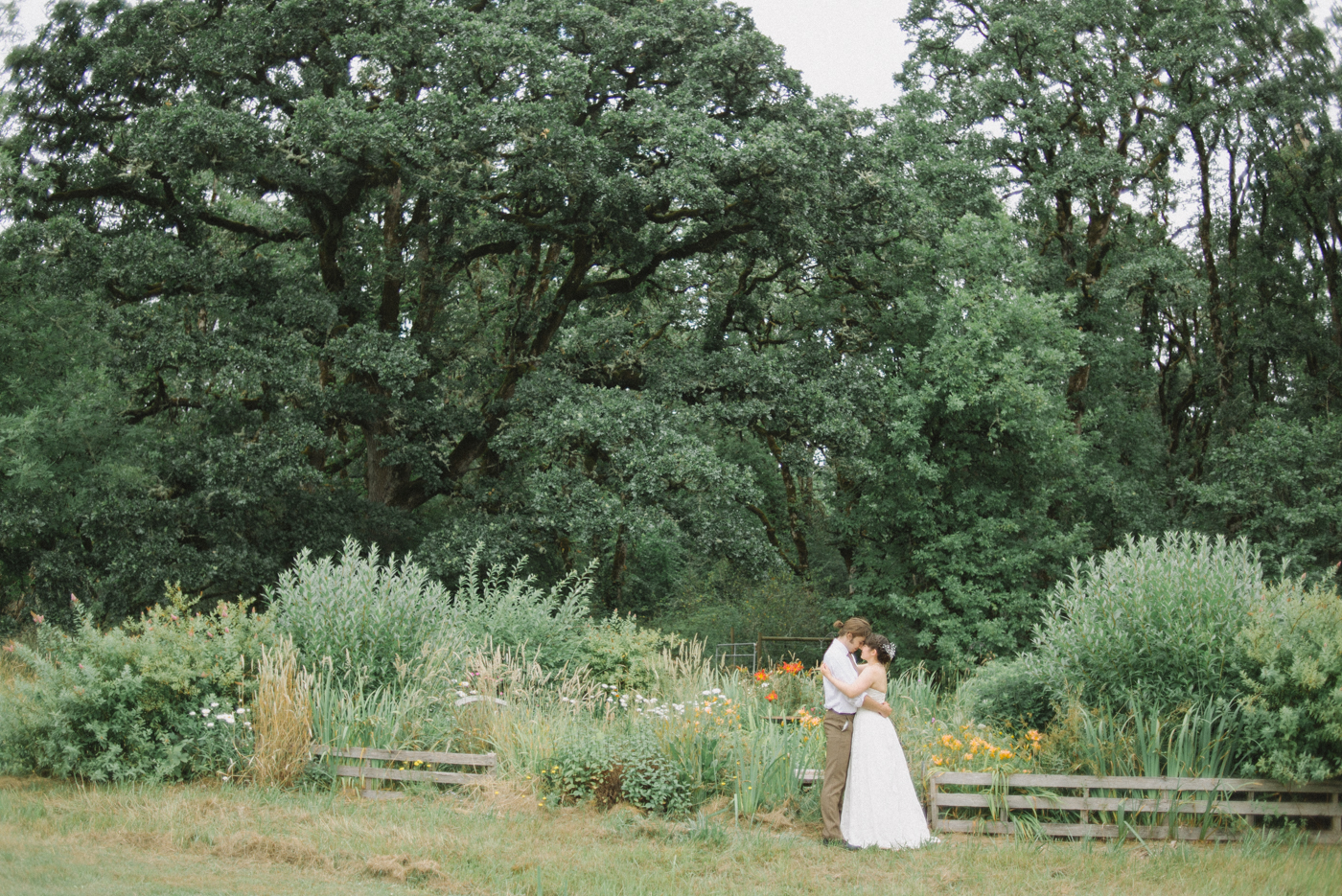 Dorris-Ranch-Wedding-Springfield-Oregon-Shelley-Marie-Photo-1