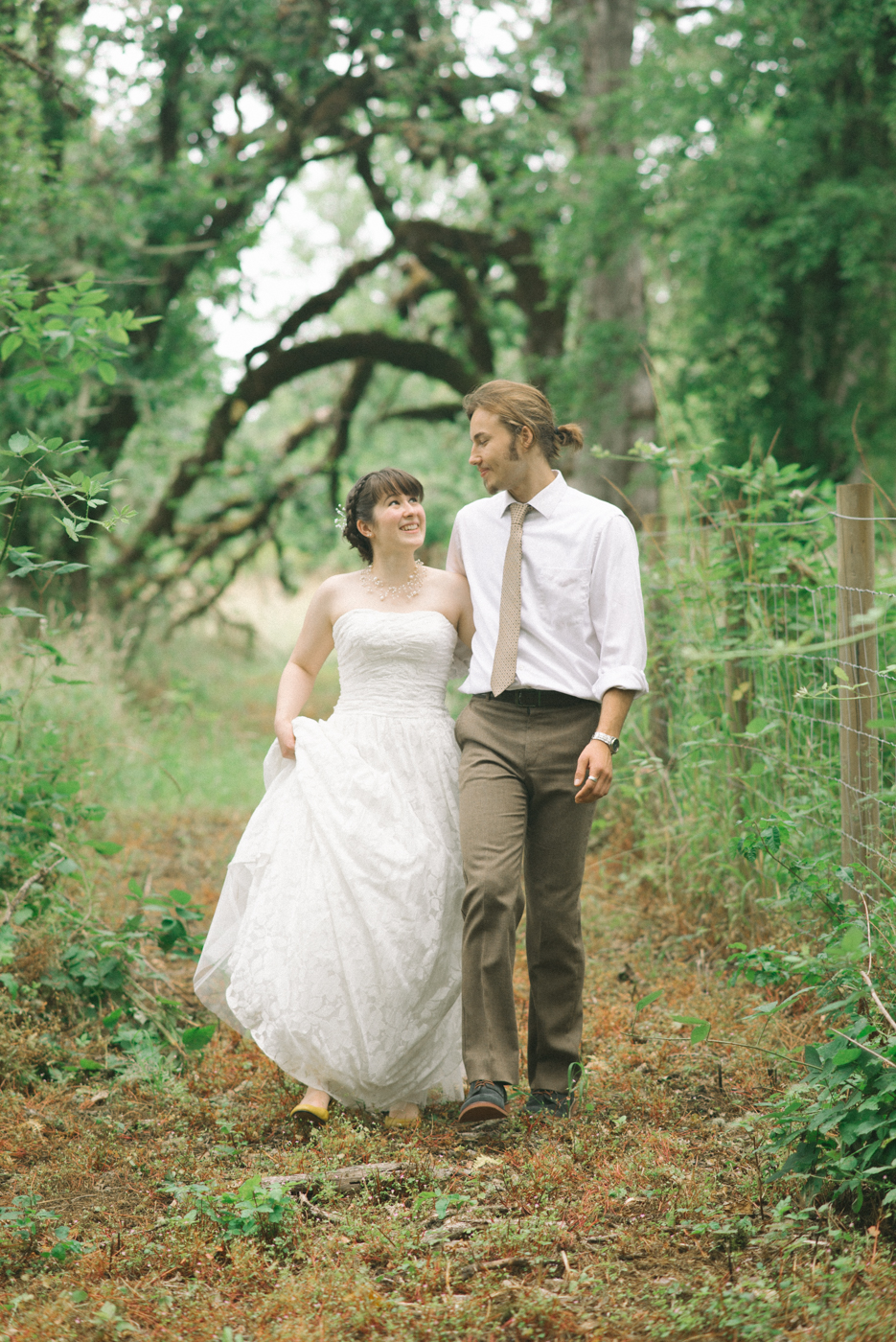 Dorris-Ranch-Wedding-Springfield-Oregon-Shelley-Marie-Photo-9