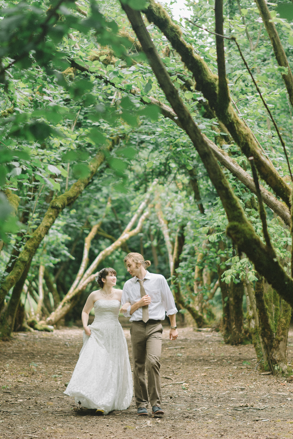 Dorris-Ranch-Wedding-Couple-Photos-Springfield-Oregon-Shelley-Marie-Photo-18