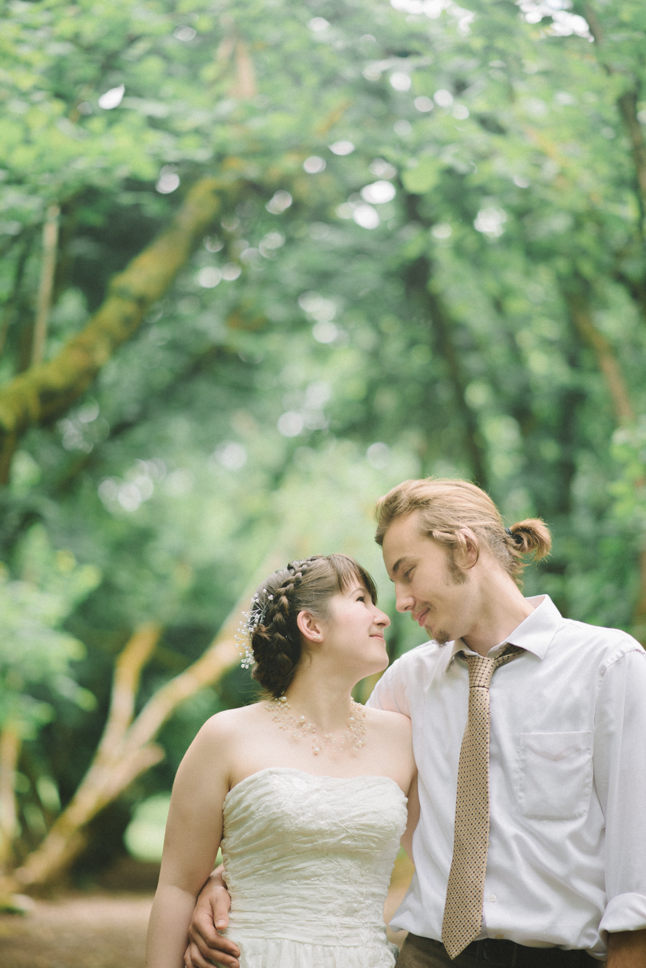 Dorris-Ranch-Wedding-Couple-Photos-Springfield-Oregon-Shelley-Marie-Photo-20