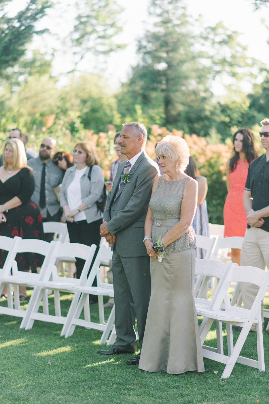 portland-oregon-wedding-photographer-mcmenamins-edgefield-parents-ceremony-shelley-marie-photo-6