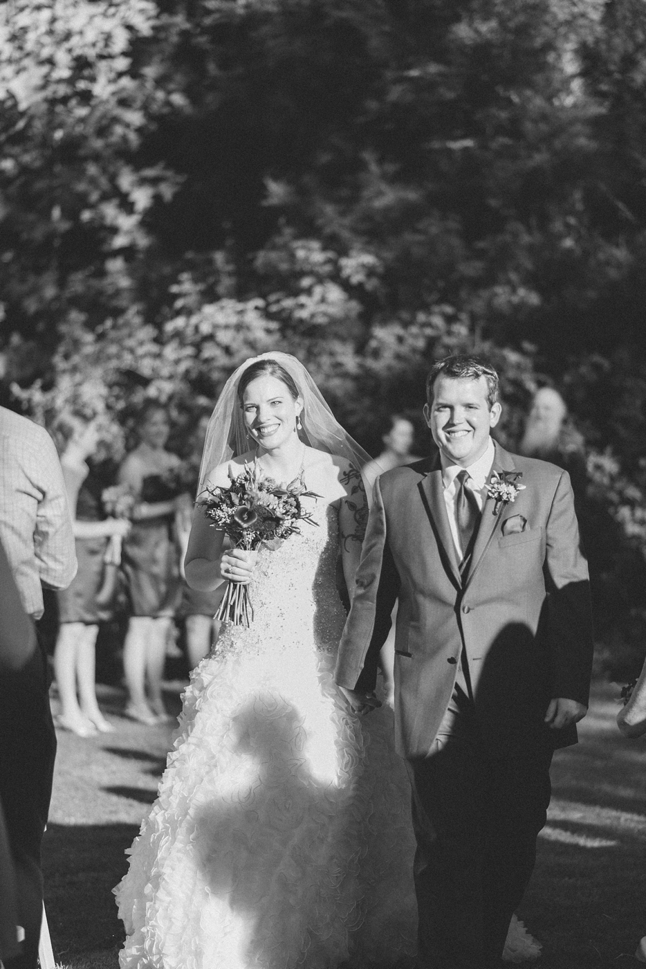 portland-oregon-wedding-photographer-mcmenamins-edgefield-shelley-marie-photo-9