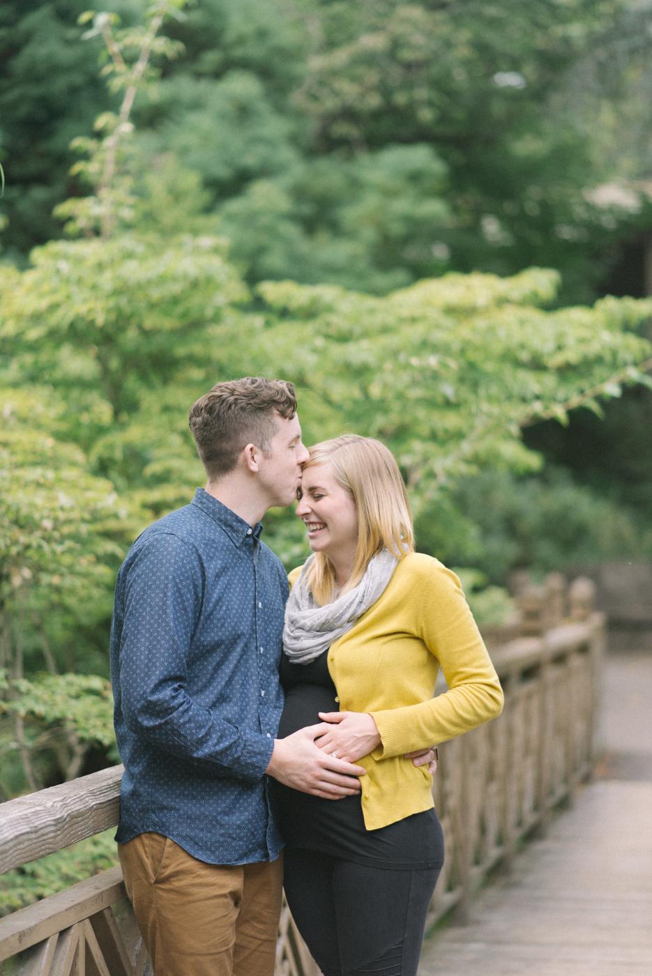 portland-oregon-maternity-photography-pregnancy-crystal-springs-rhododendron-garden-kiss-bridge-laugh-sweet-romantic-shelley-marie-photo-3