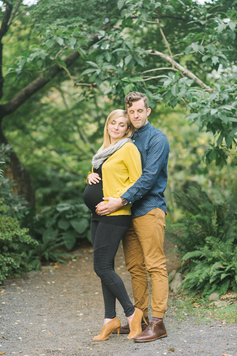 maternity-photographer-portland-oregon-crystal-springs-rhododendron-garden-shelley-marie-photo-098.jpg