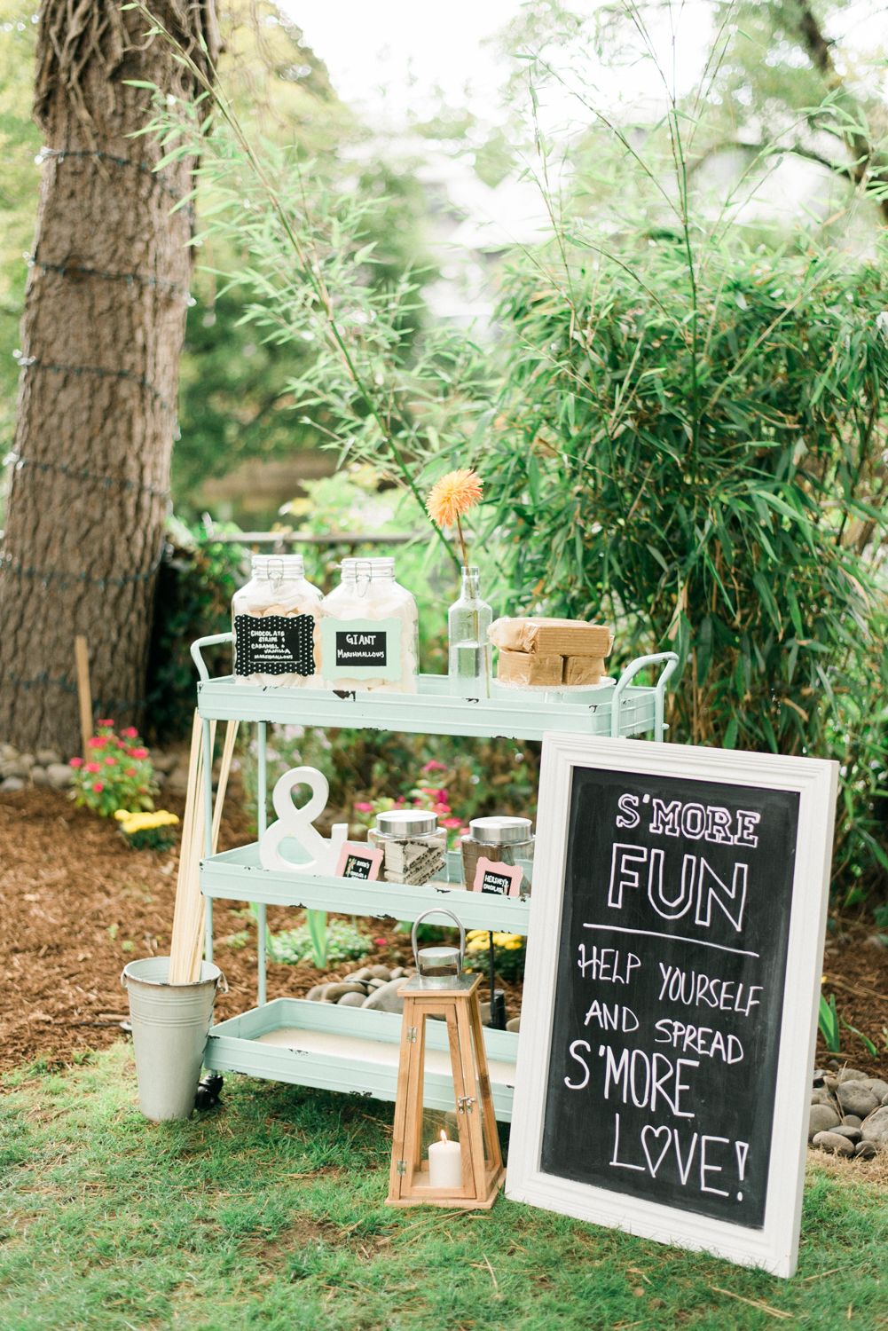 salem-oregon-engagement-party-smores-table-shelley-marie-photo-3
