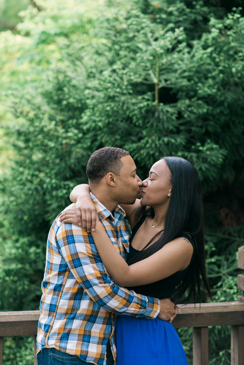 portland-engagement-photographer-wsu-graduation-portrait-crystal-springs-rhododendron-garden-shelley-marie-photo-31