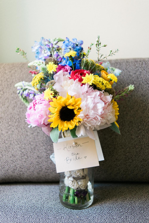 Portland-barn-wedding-mcmenamins-cornelius-pass-roadhouse-shelley-marie-photo-008.jpg