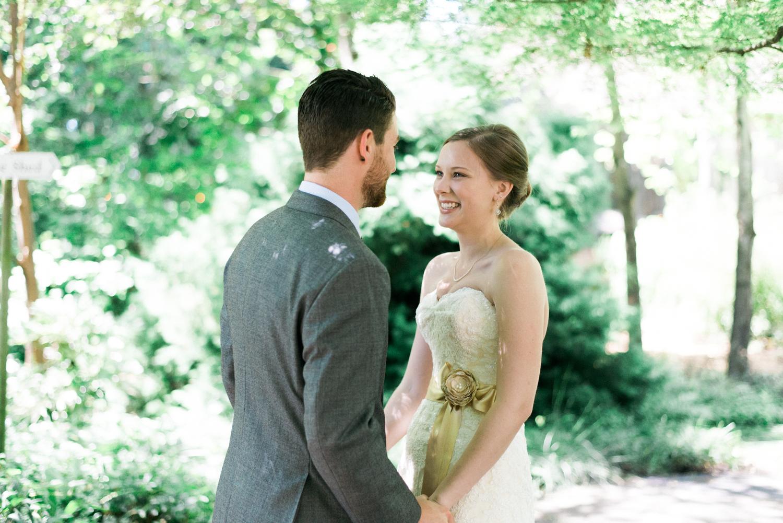 Portland-barn-wedding-mcmenamins-cornelius-pass-roadhouse-shelley-marie-photo-032.jpg