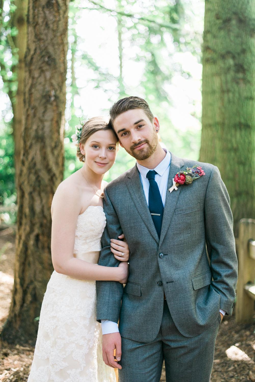 Portland-barn-wedding-mcmenamins-cornelius-pass-roadhouse-shelley-marie-photo-092.jpg