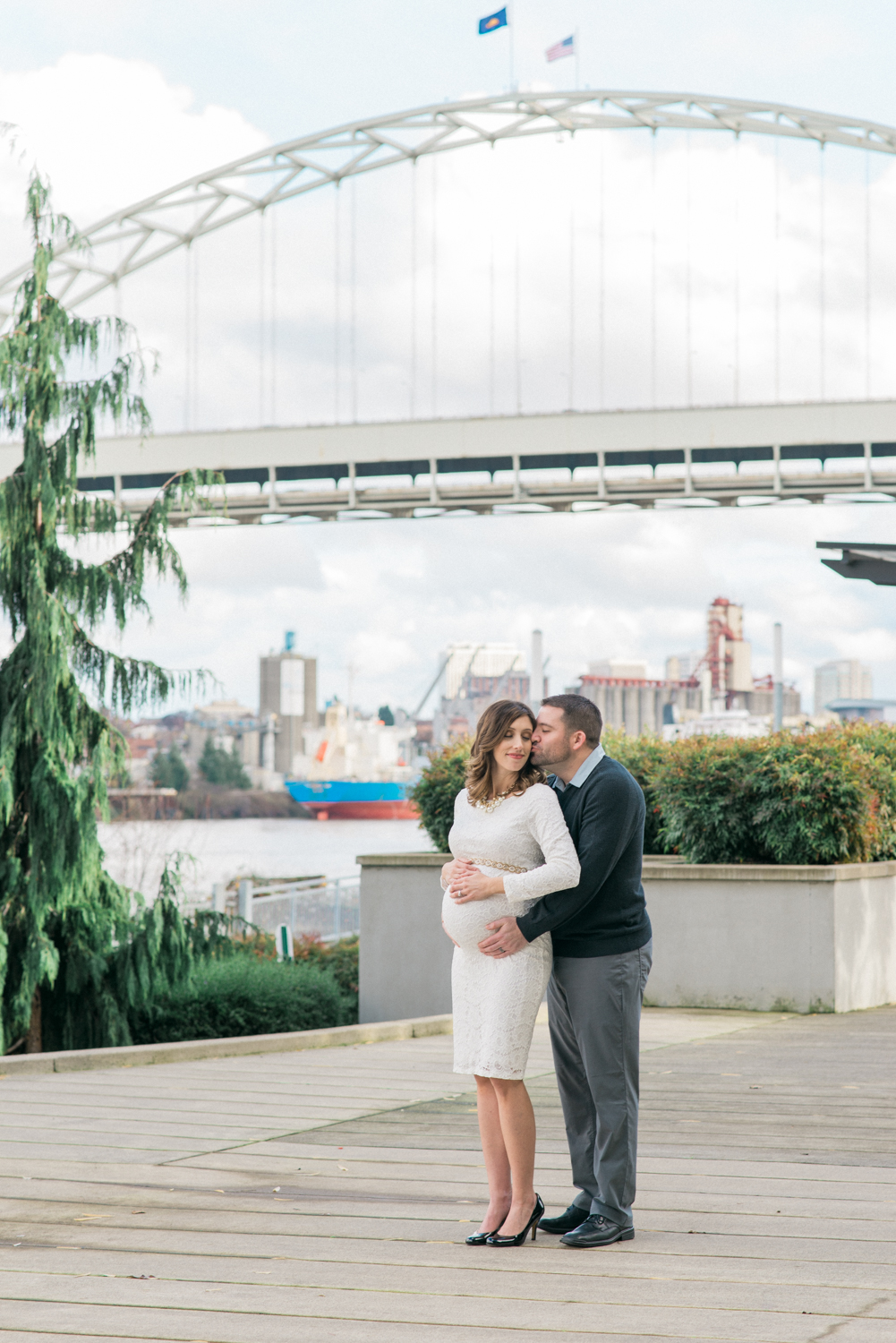 portland-maternity-photographer-fremont-bridge-shelley-marie-photo-9