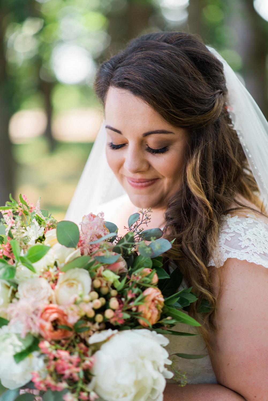 postlewaits-wedding-bride-natural-elegant-outdoor-portland-oregon-shelley-marie-photo-3