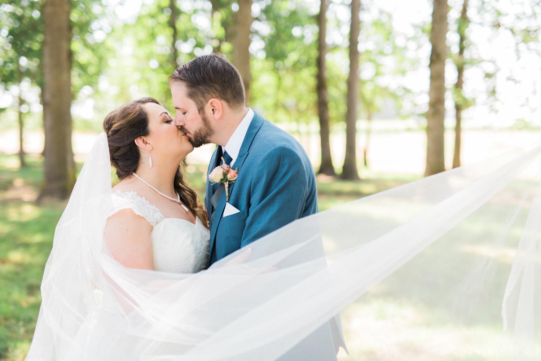 postlewaits-wedding-natural-elegant-woods-forest-outdoor-portland-oregon-shelley-marie-photo-6
