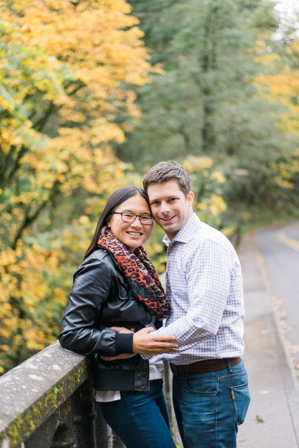 portland-engagement-columbia-river-gorge-latourell-waterfall-autumn-fall-crown-point-shelley-marie-photo-35.jpg