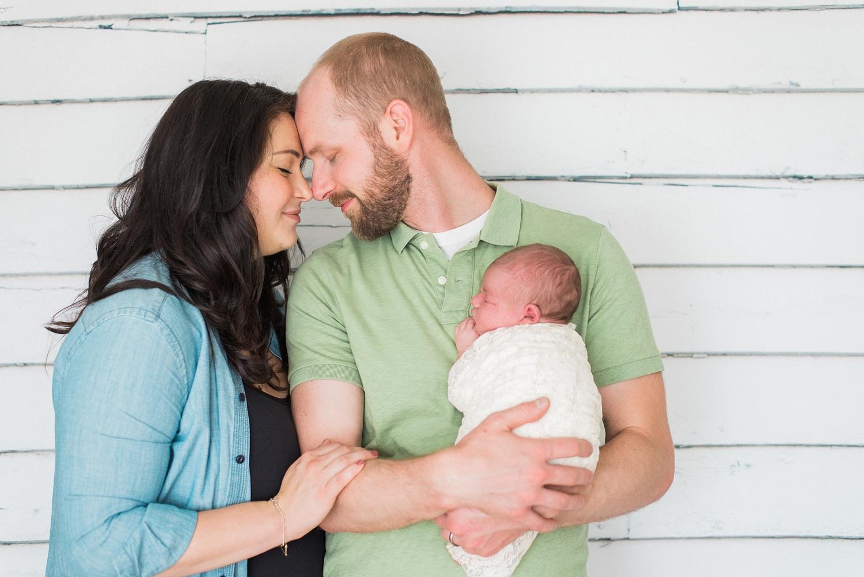 best-portland-oregon-newborn-photographer-family-portrait-shelley-marie-photography-26.jpg
