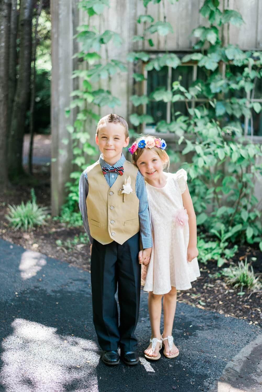 Portland-barn-wedding-mcmenamins-cornelius-pass-roadhouse-shelley-marie-photo-058_cr.jpg