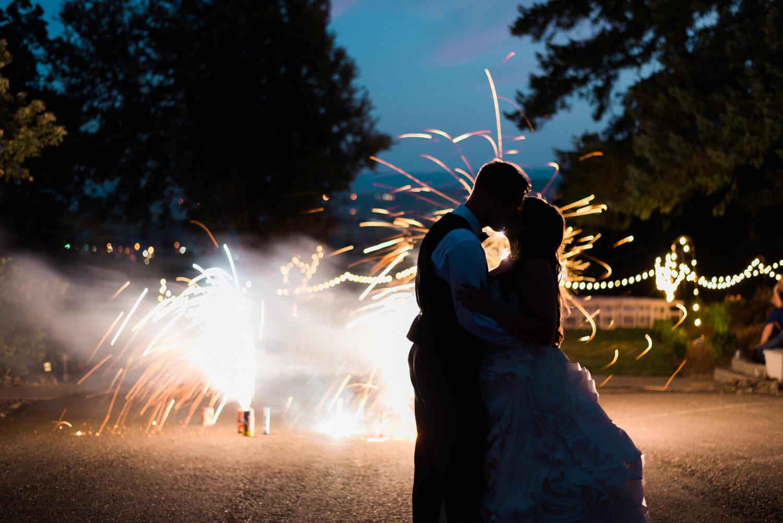 portland-wedding-photography-empress-estates-washington-20.jpg