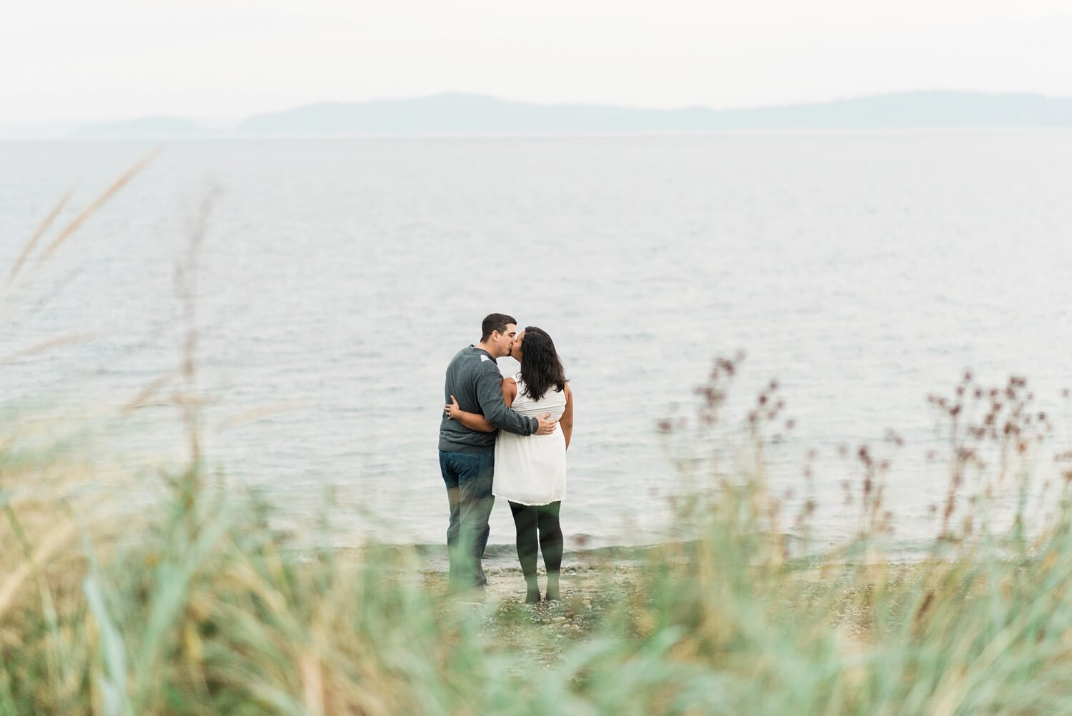 seattle-beach-engagement-photography-west-point-lighthouse-discovery-park-shelley-marie-photo-830_cr.jpg