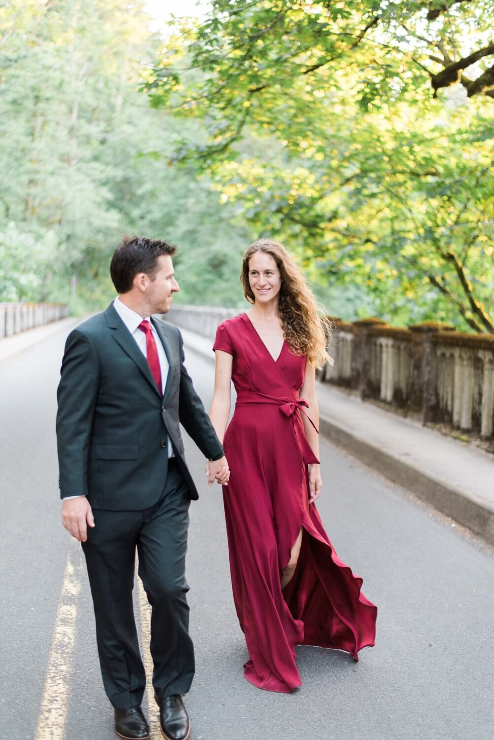 latourel-waterfall-engagement-photos-columbia-river-gorge-portland-oregon-234_cr.jpg