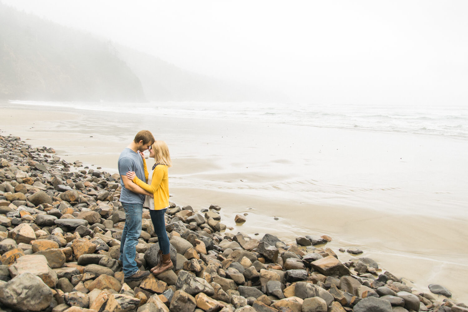 engagement-photography-oregon-coast-oswald-west-state-park-shelley-marie-photo-N580.jpg