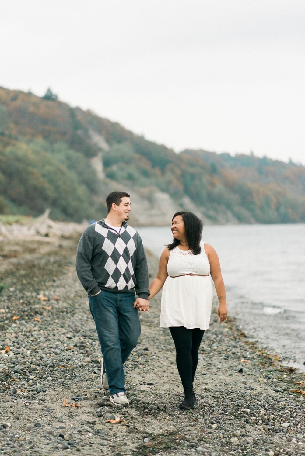 seattle-beach-engagement-photography-west-point-lighthouse-discovery-park-shelley-marie-photo-681_cr.jpg