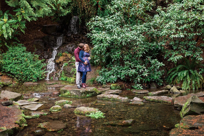 portland-maternity-crystal-springs-rhododendron-garden-oregon-shelley-marie-photo-048_cr.jpg