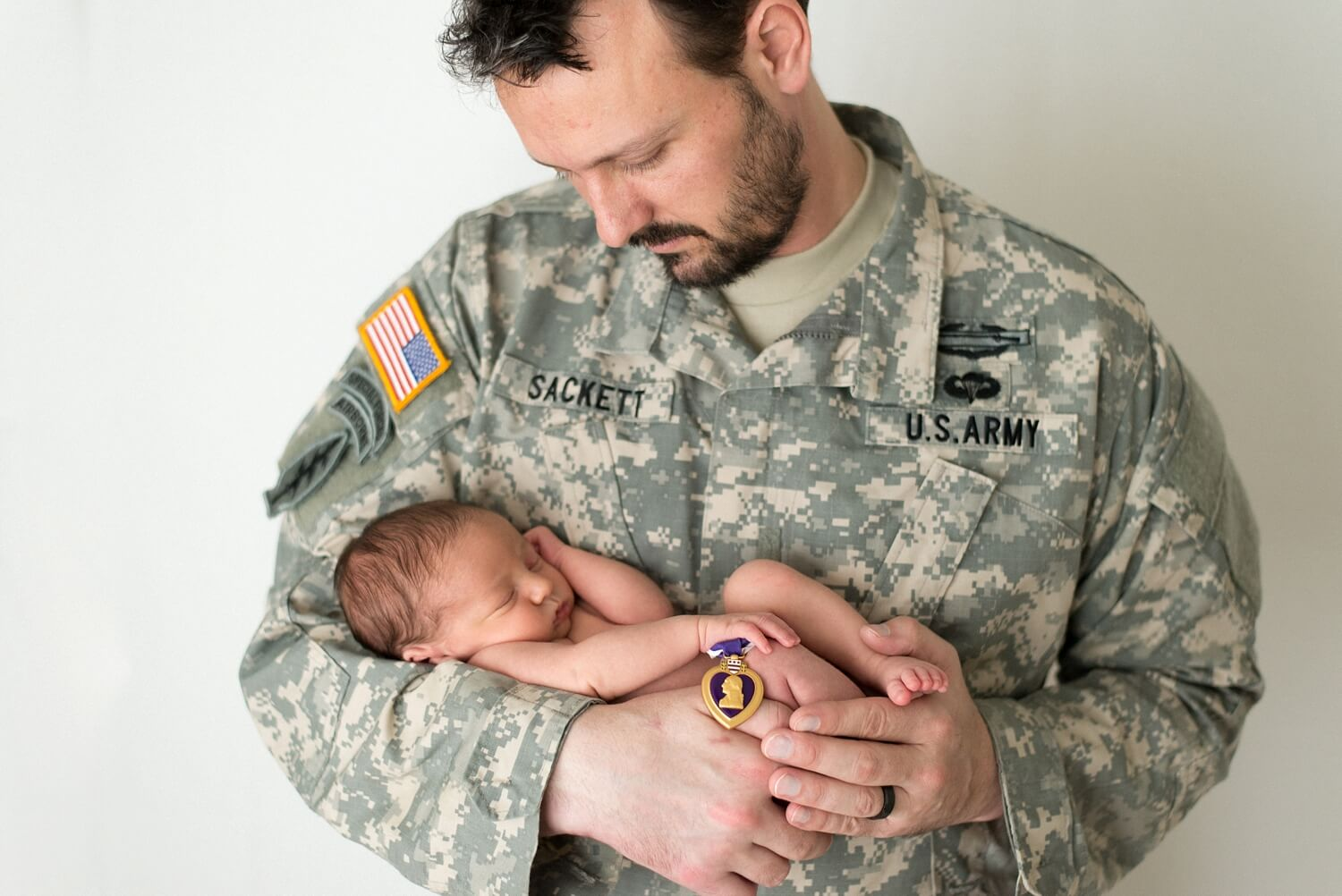best-portland-oregon-newborn-photographer-veteran-military-dad-purple-heart-and-baby-shelley-marie-photo-1.jpg