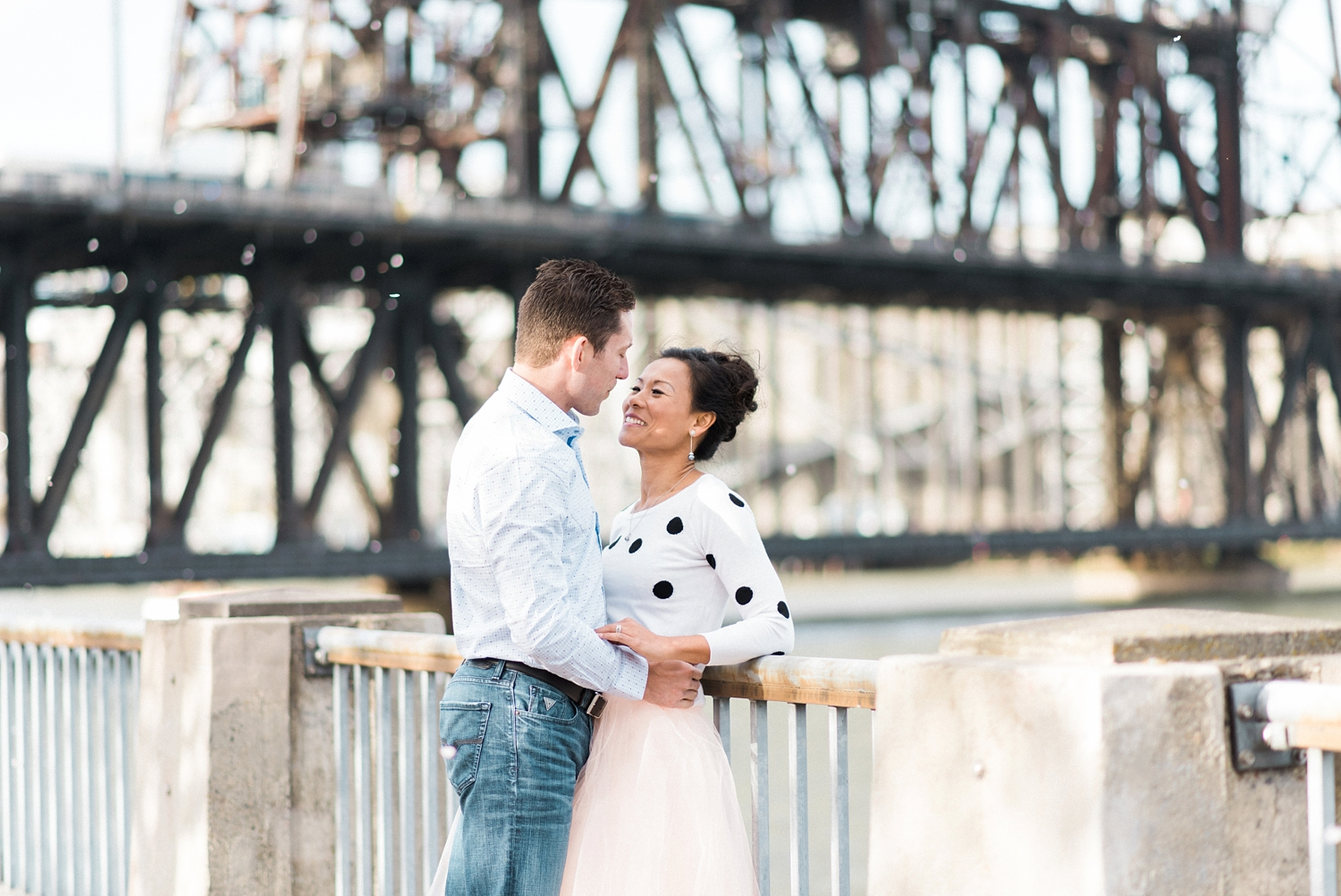 portland-waterfront-engagement-cherry-blossom-cathedral-park-sokhorn-jay-078_cr.jpg