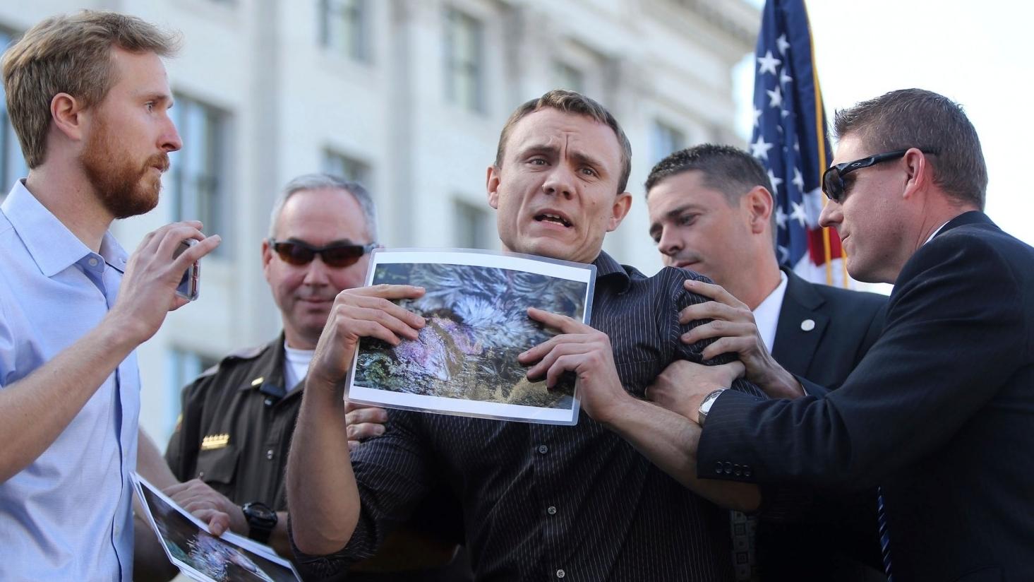 Animal activists disrupt Utah governor's turkey pardon - November 22, 2017New York Post