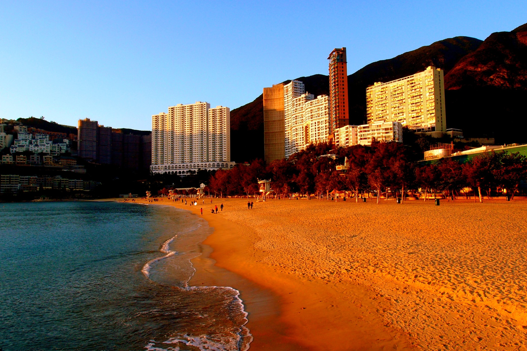 A simply glorious beach