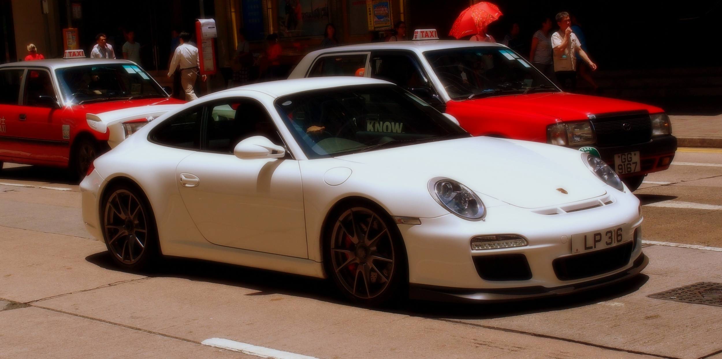 A Porsche on Pedder Street