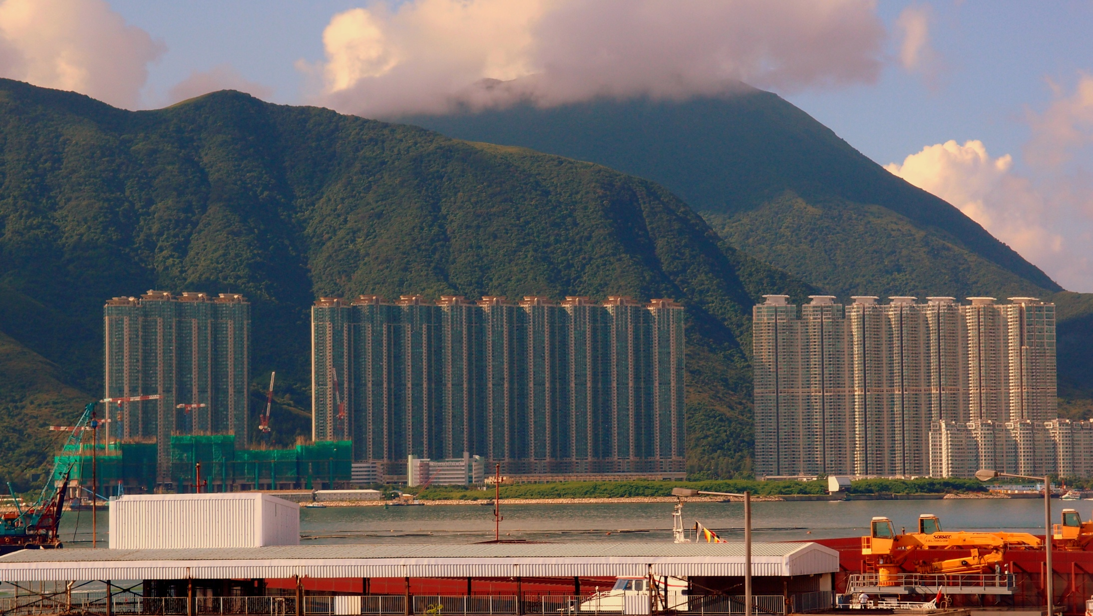 The neatly aligned massive apartment blocks in Tung Chung
