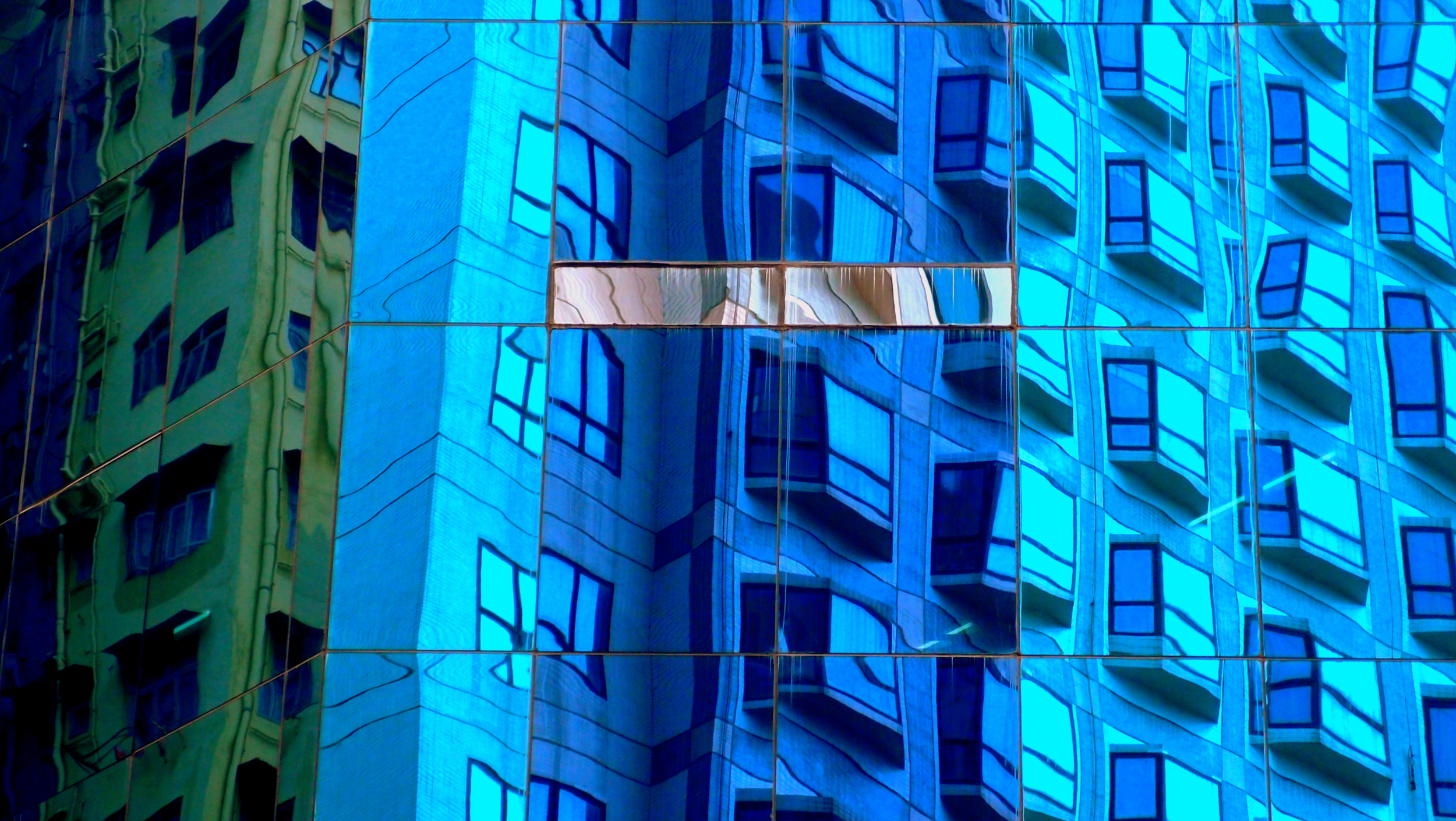 An arty farty building reflection
