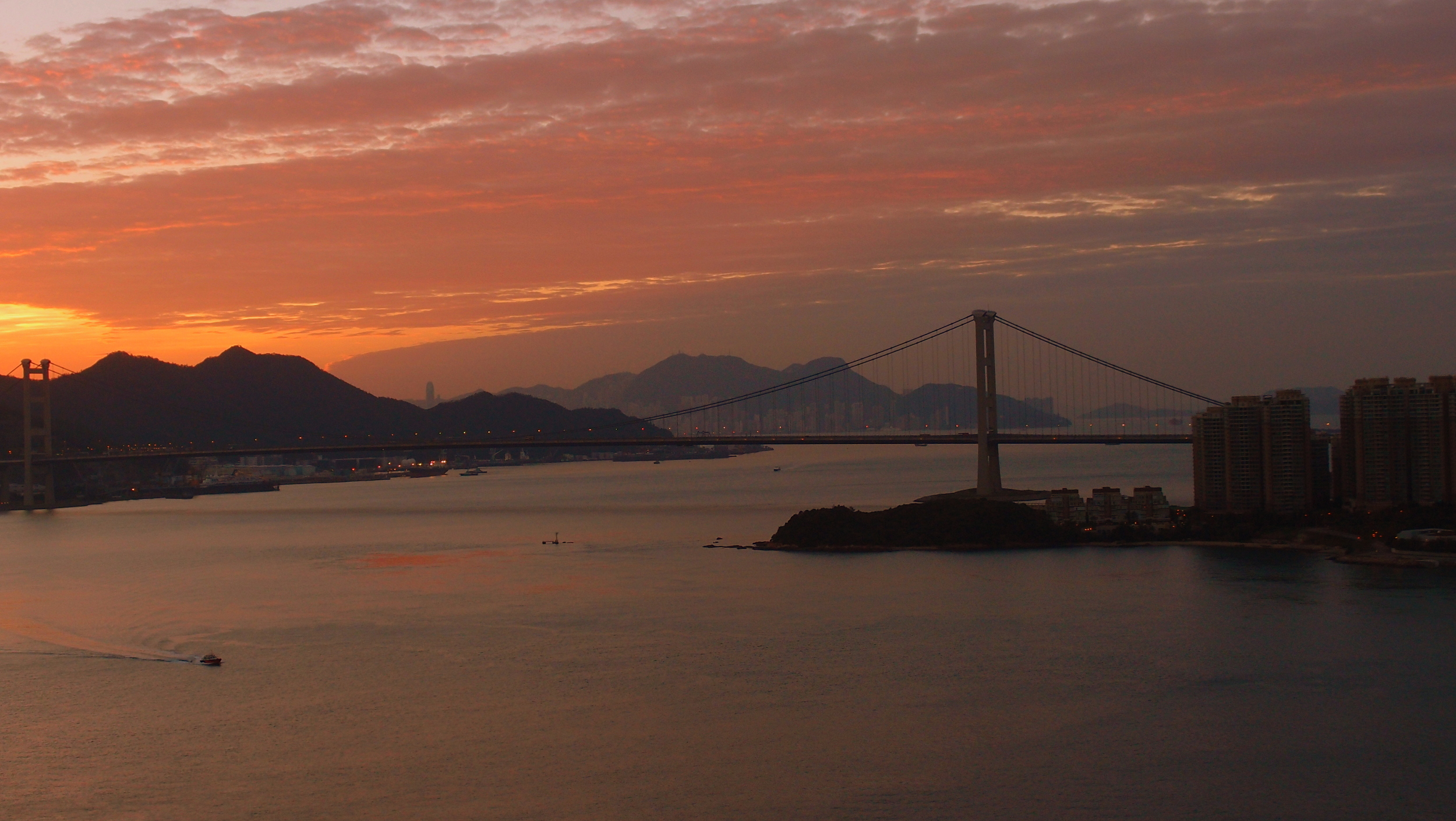 Sunrise this morning from my balcony - it is going to be a very clear day
