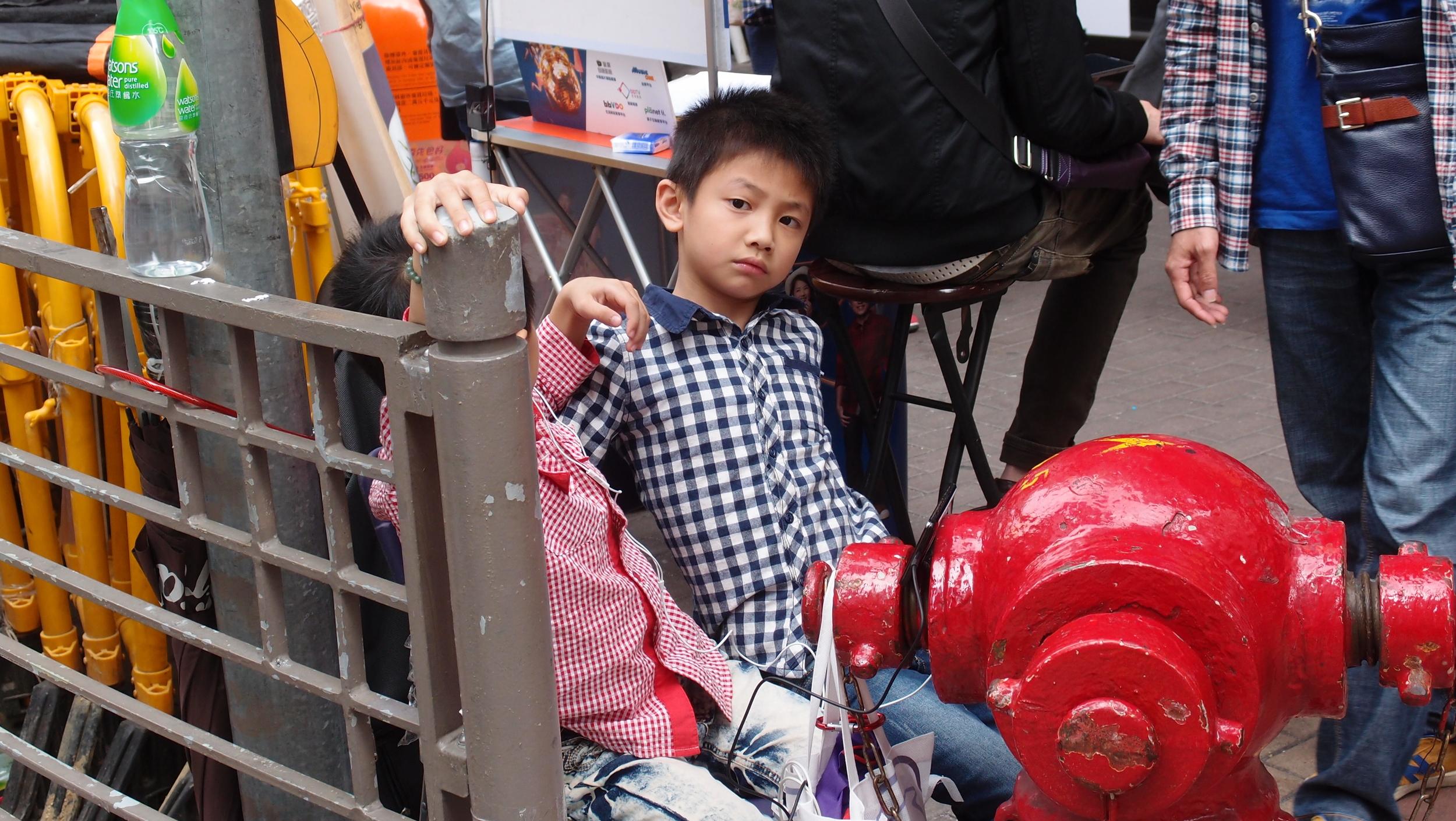 Bored kids in Mongkok