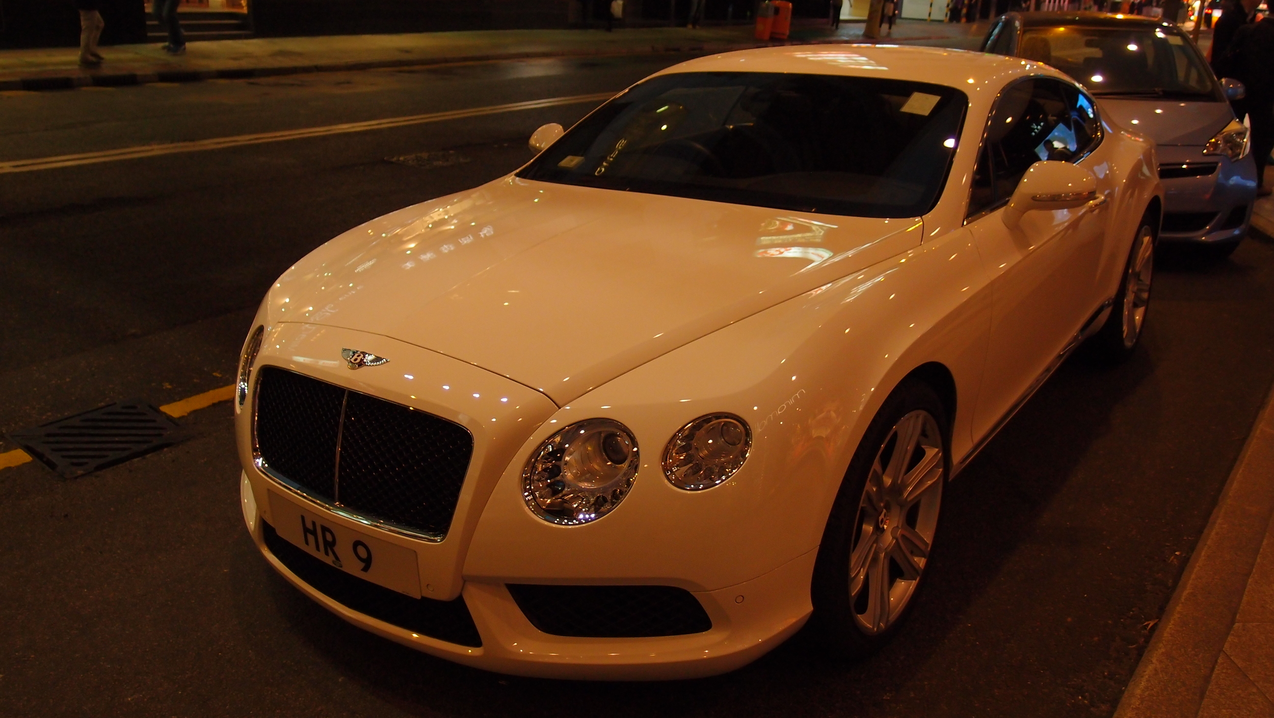 Oh my, a gorgeous Bentley