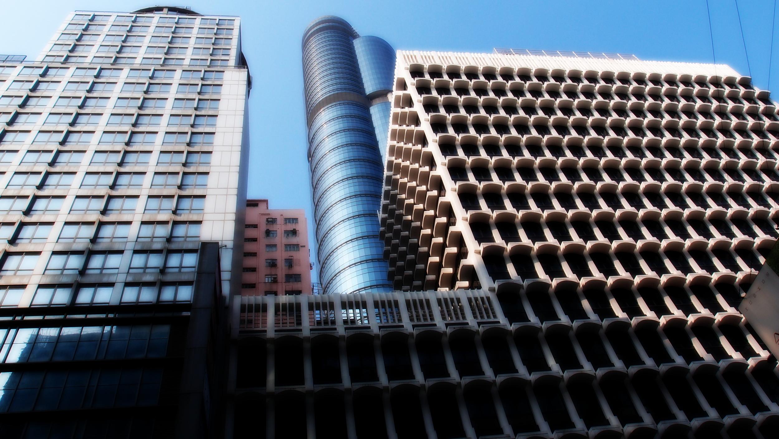 Contrasting buildings in Mongkok in Kowloon