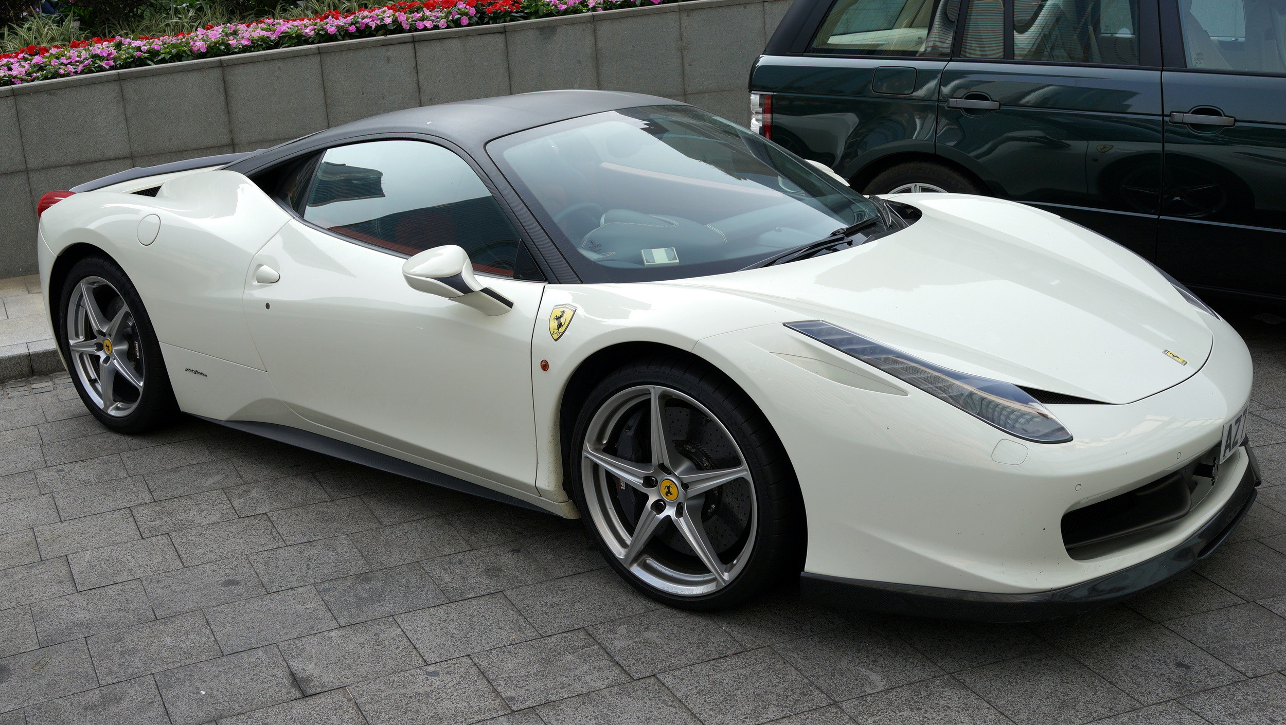 My 3rd Ferrari of the day - this one is always parked outside the Four Seasons Hotel in Central
