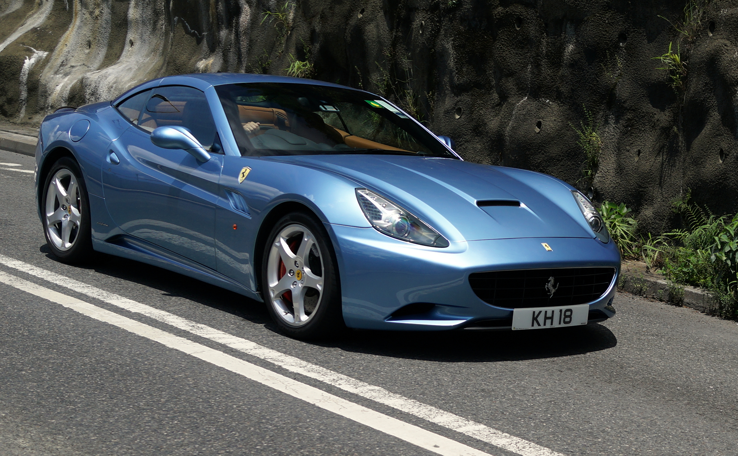 What an absolutely gorgeous Ferrari in a metallic powder blue - AWESOME!
