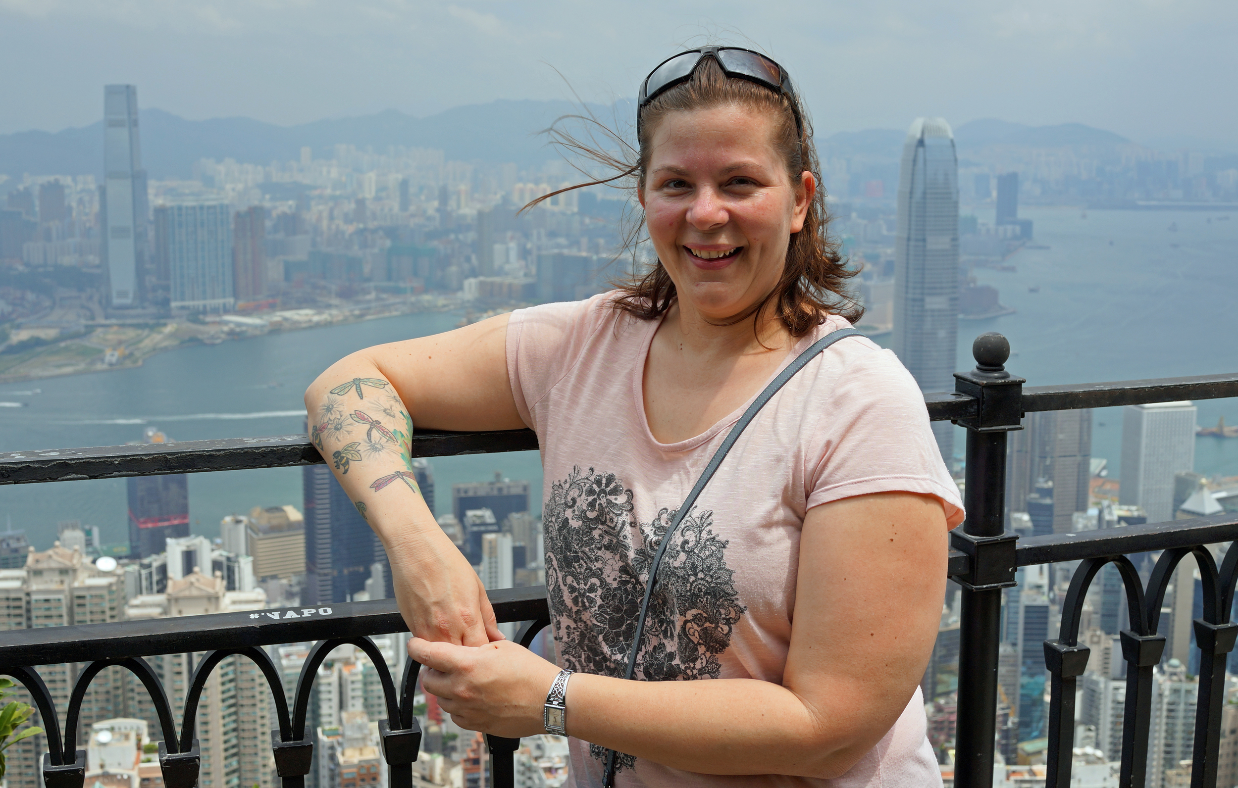 Meet Coni from Australia,.. Coni drives a monster truck at a mine! amazing.... another fine day at my spot at Victoria Peak