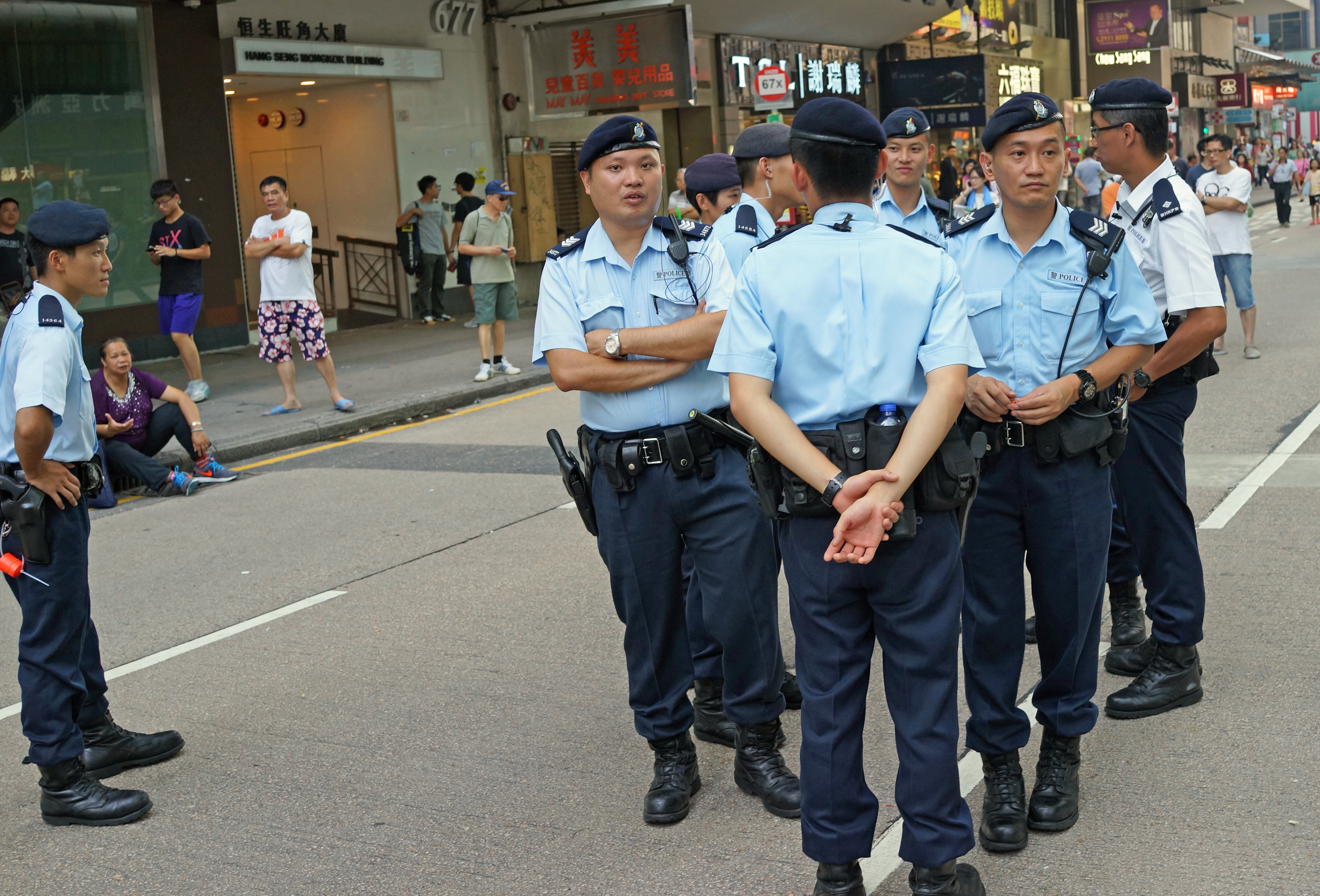 These are PTU Boys - the Police Tactical Unit of the Hong Kong Police - you do not mess with these chaps (and ladies)