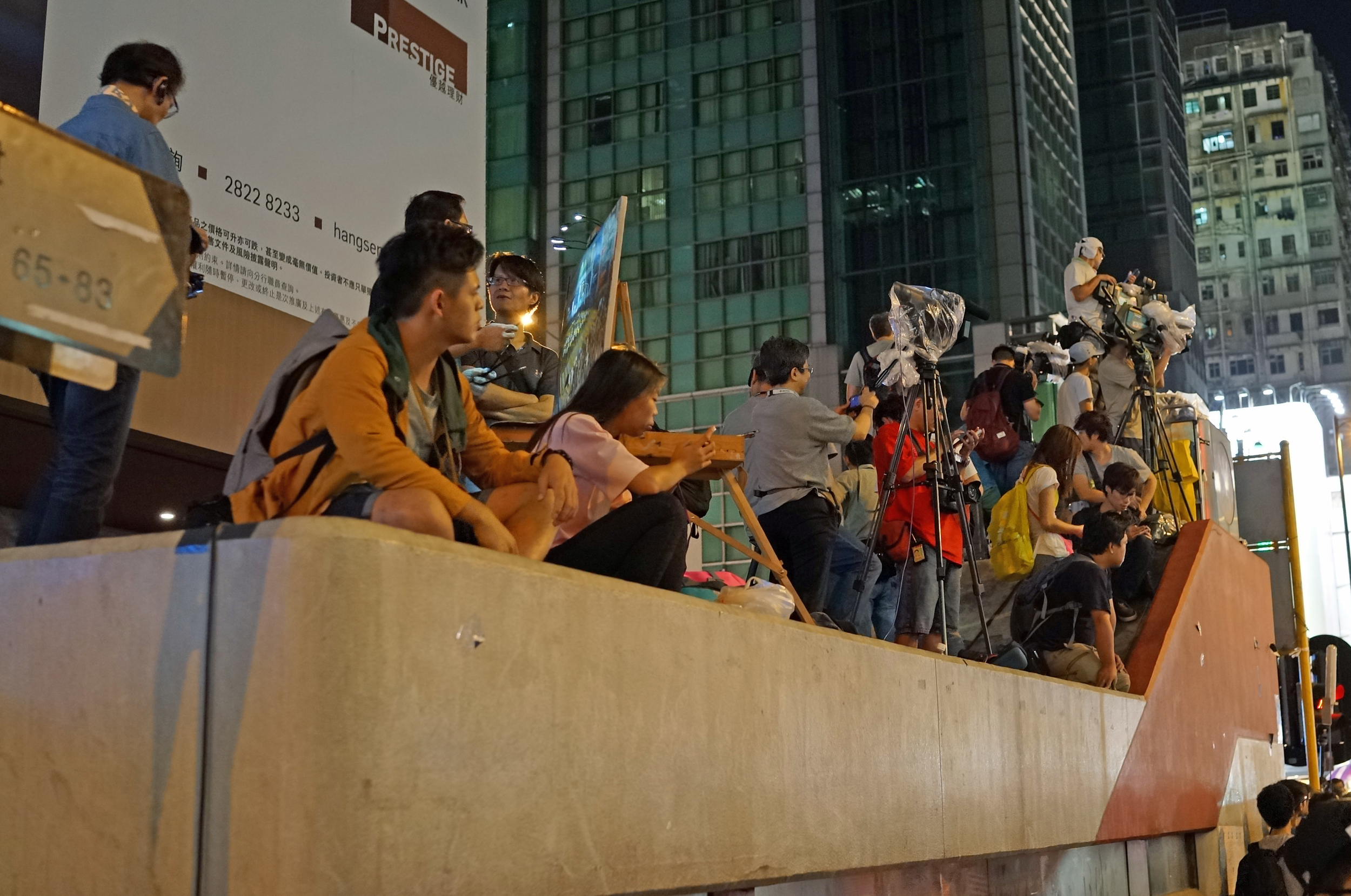 Mong Kok street protests - it never seems to occur to anyone that the constant press reporting + the fact that everyone has a camera phone means that the protesters deliberately provoke the Police into action so that they can claim Police brutality - these are not peaceful protesters they are thugs trying to discredit the Police.