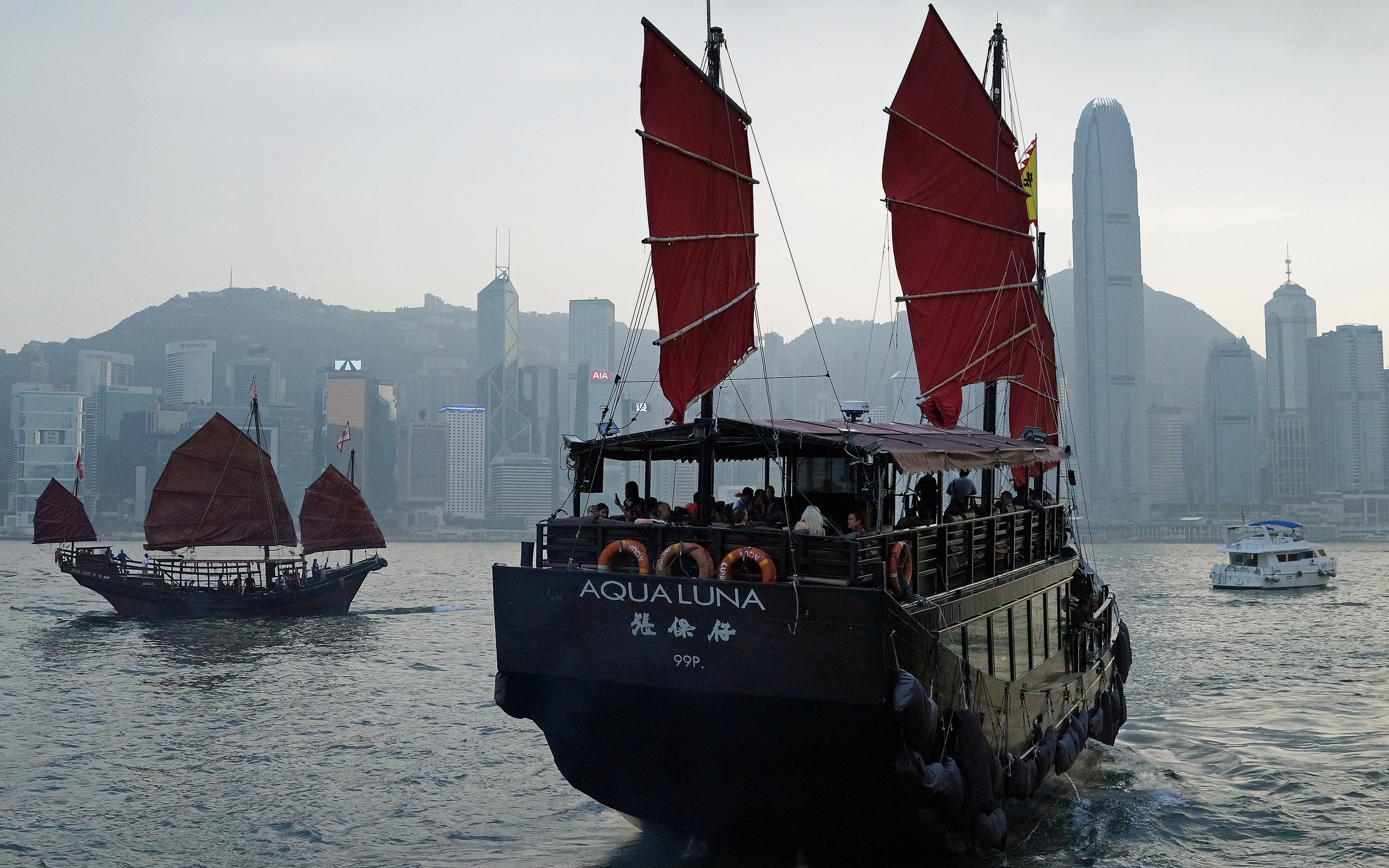 The Aqua Luna is everyone's favourite fishing junk for puttering around Hong Kong Harbour -