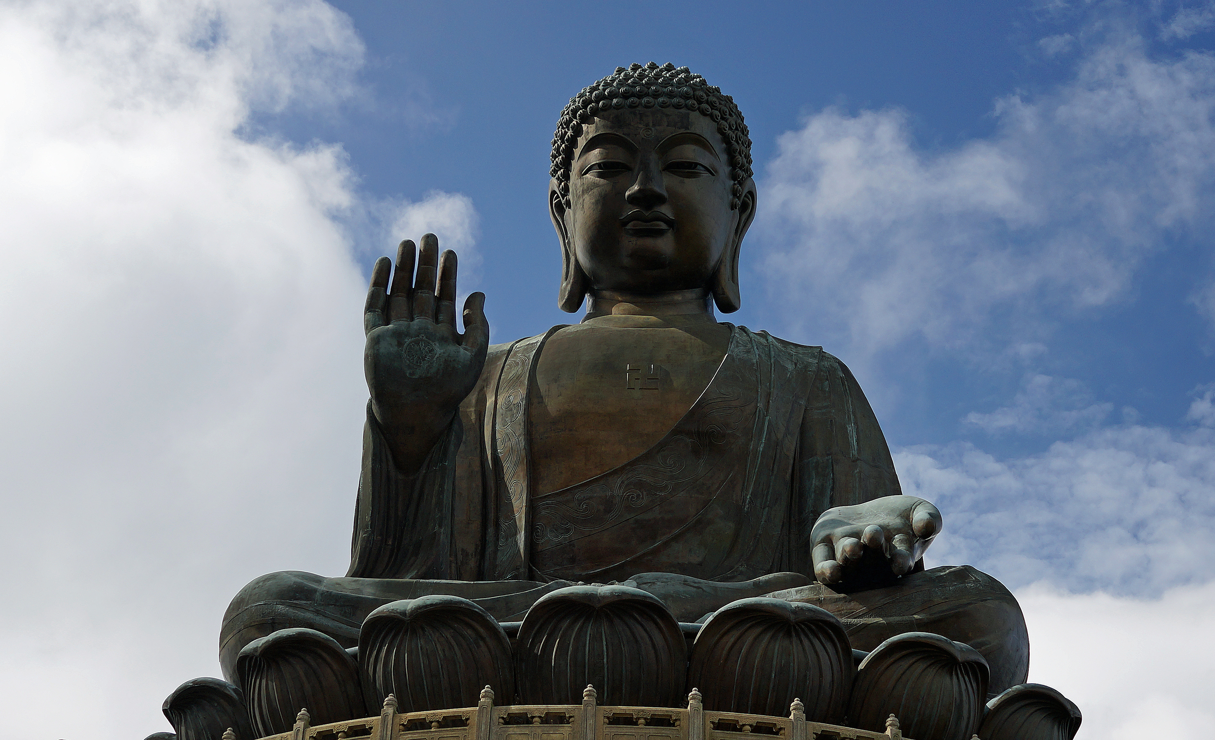 ....and talking of magnificent..... I am a huge fan of the Big Buddha, it makes for a great day out!