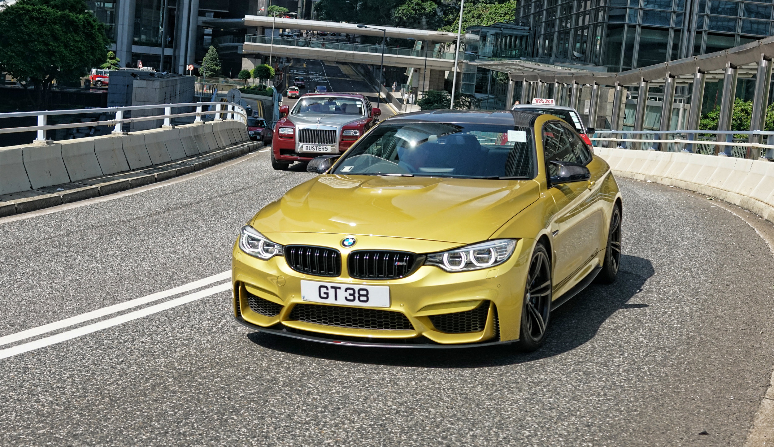 I am a huge supercar fan but at the same time I love the BMW M series cars, particularly the M3 shown above which is pretty darn sporty.... love it!