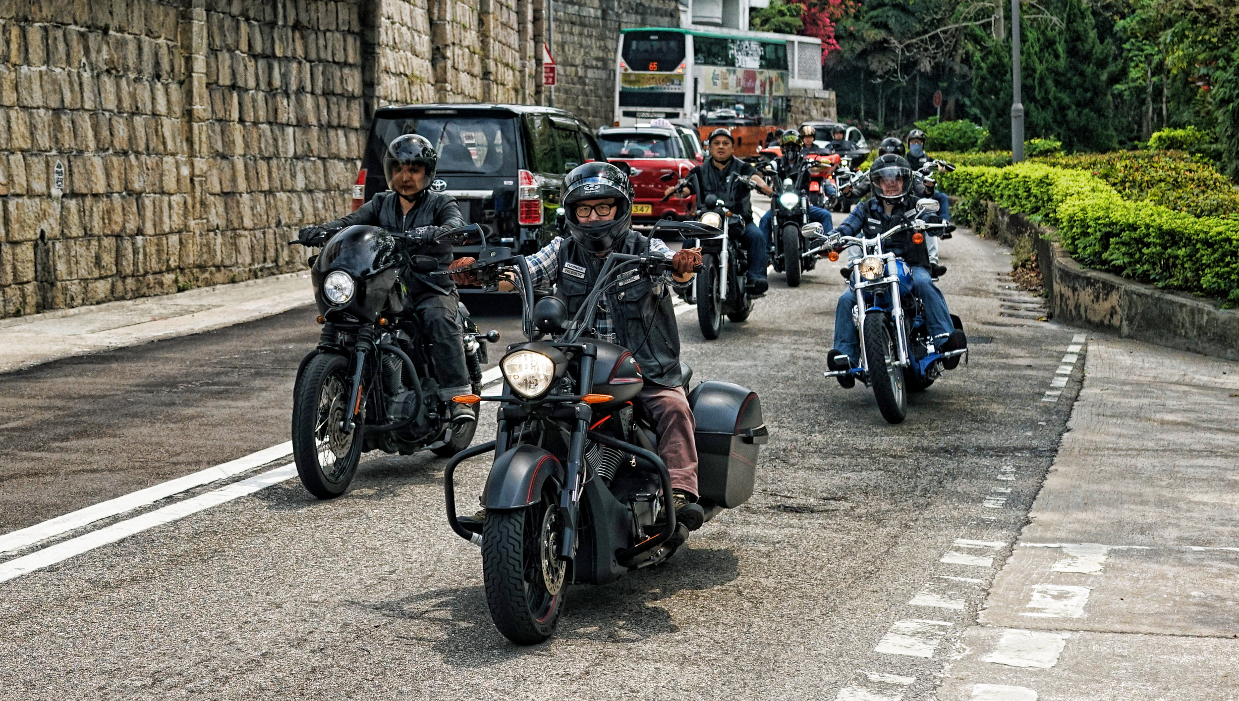 Hong Kong Airport Layover / Transit Tours -  The Harley mob! yes we have Harley clubs here in Hong Kong and sometimes you can see 30 of these iconic bikes trundling and rumbling along our beach roads on a weekend, awesome!