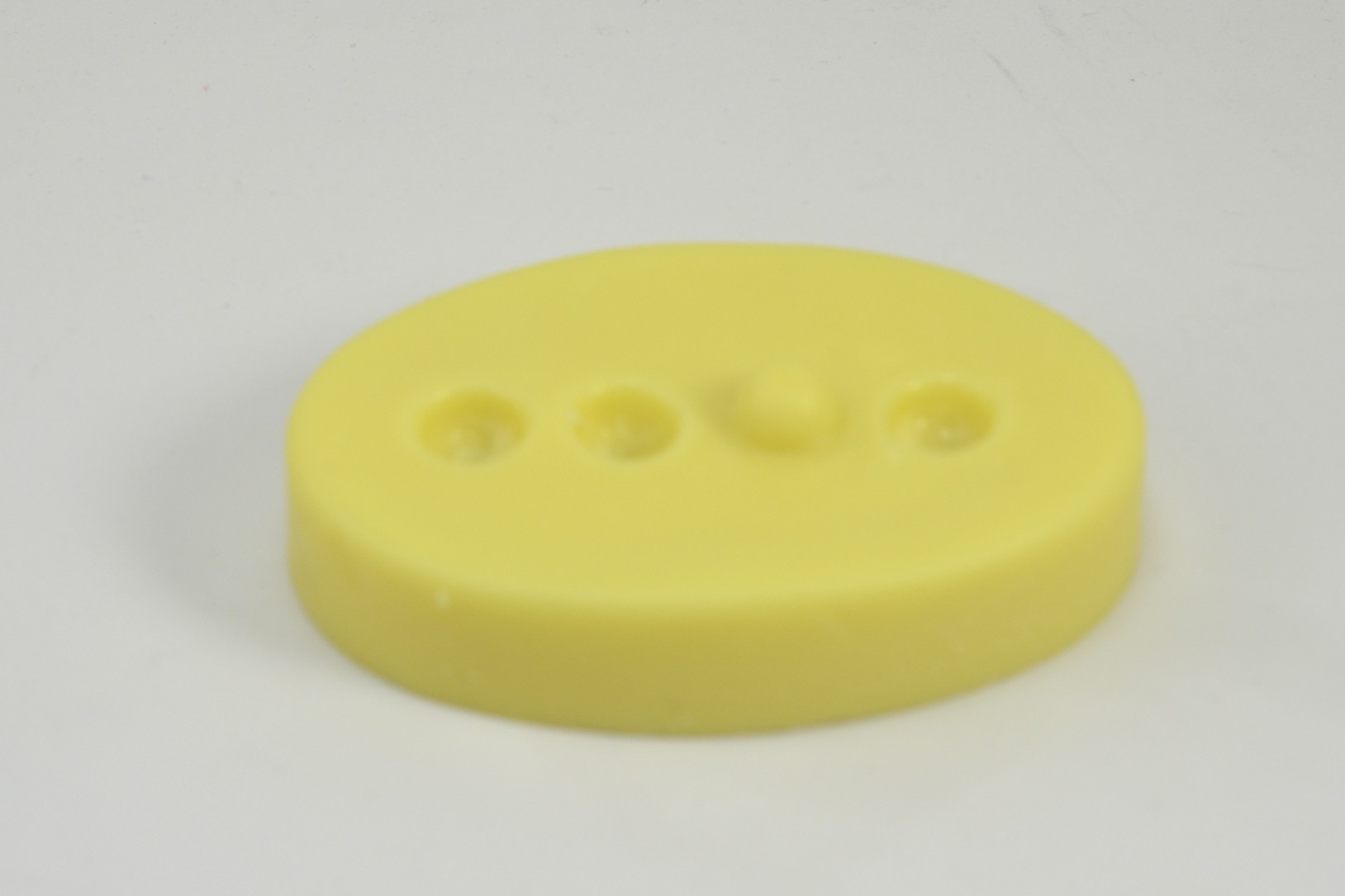 lush therapy massage bar review