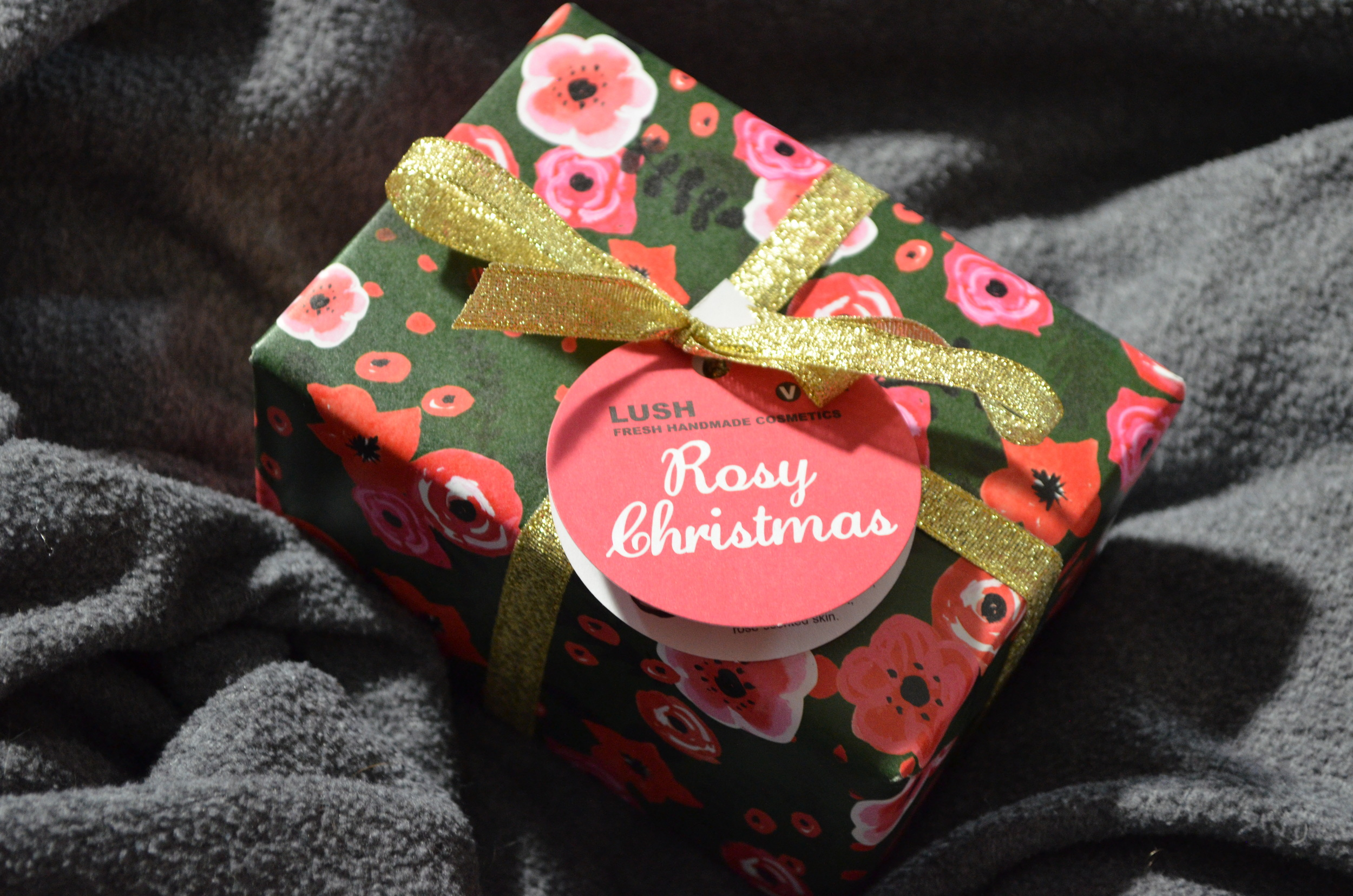 lush rosy christmas review
