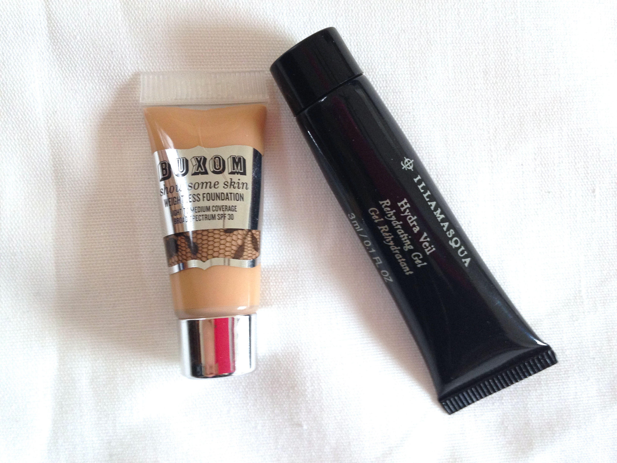 Buxom Show Some Skin Weightless Foundation review, Illamasqua Hydra Veil review