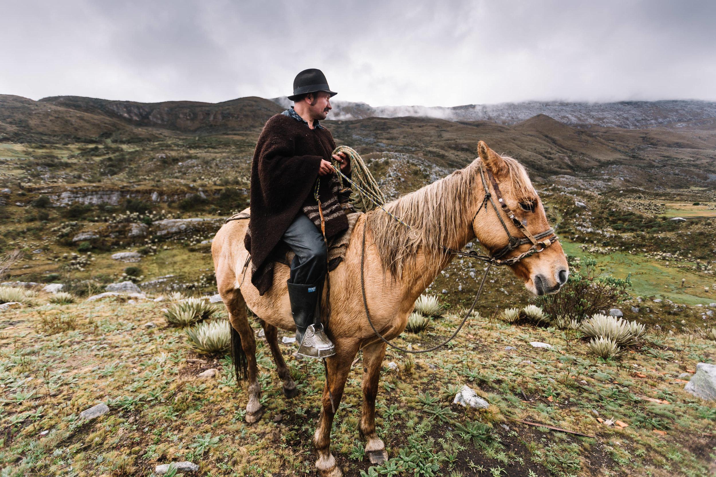 Horizonte Norte. El viaje de Juan Sisto desde Chile a Alaska en bicicleta. Laureano Herrera en el Cocuy, 2014.