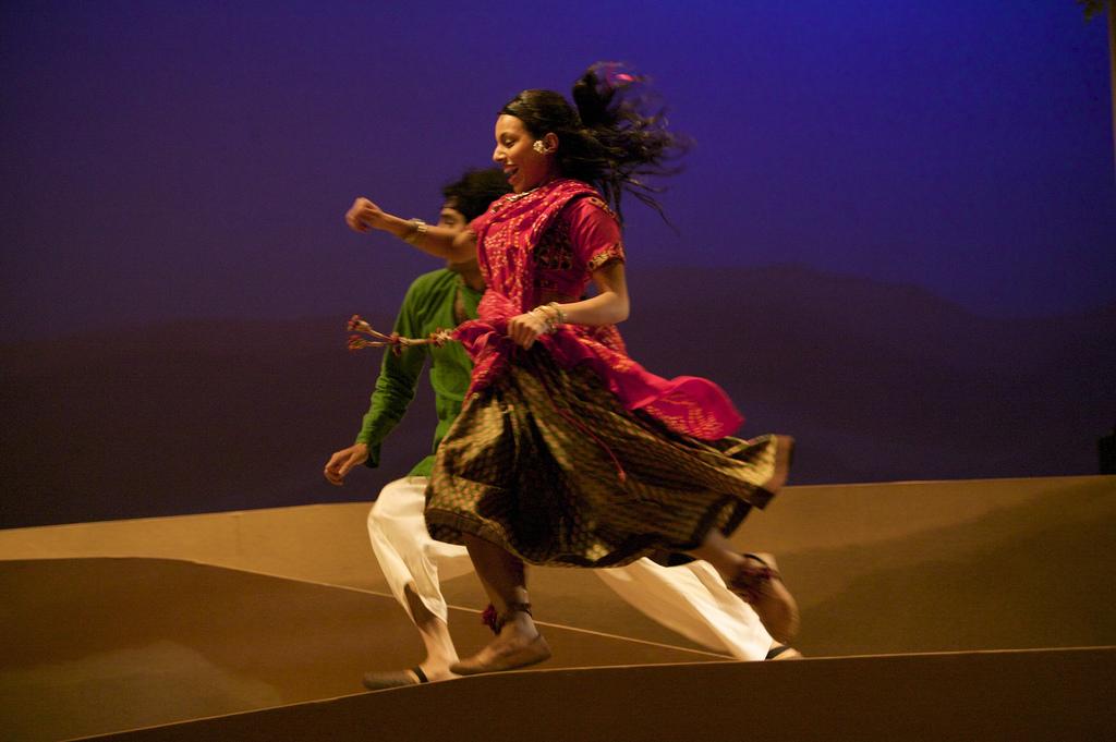 Puspinder Chani (Krishan) and Youkti Patel (Shakuntala)
